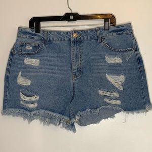 ⭐️3/$25⭐️ Forever 21 Plus Distressed Jean Shorts